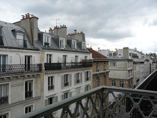 Le scale picture of hotel des bains paris tripadvisor for Hotel des bains paris