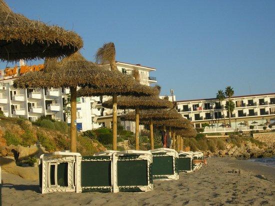 Sol Beach House Menorca: Beach