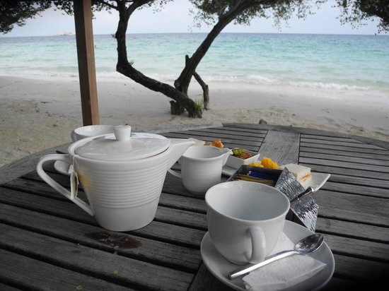 Paradee Resort : Afternoontea am Strand