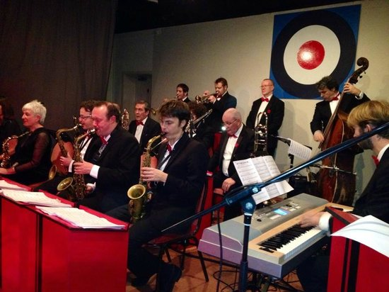 Армадейл, UK: 1940s night at Broadford Village Hall
