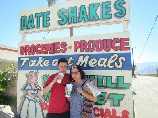 Windmill Market and Produce : shake, shake, shake