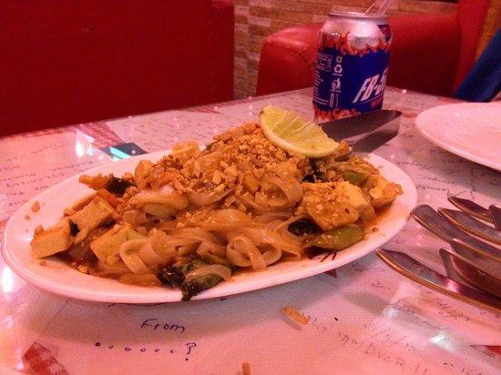 Kalsang Friend's Corner: Pad Thai Noodles