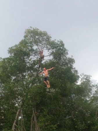 Rise Up Surf Tours Nicaragua: Fishing trip with tree climbing