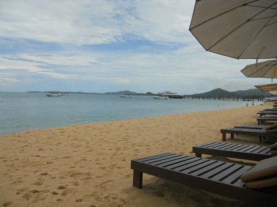 Pinnacle Resort Samui: Total ruhiger Strand