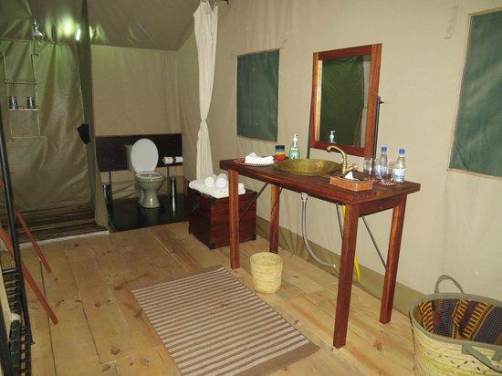Lemala Ngorongoro Tented Camp: Salle de bain