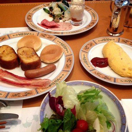 Hotel Okura Fukuoka : breakfast