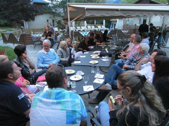 Les Bartavelles Hotel Restaurant : terrasse
