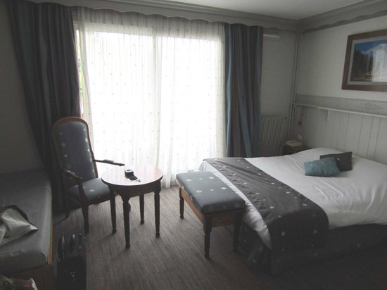 Les Bartavelles Hotel Restaurant : une chambre