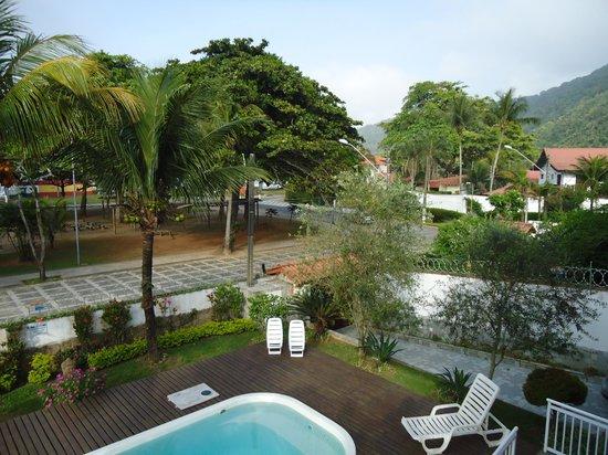 Pousada Praia do Guaiuba: Vista do quarto para o mar