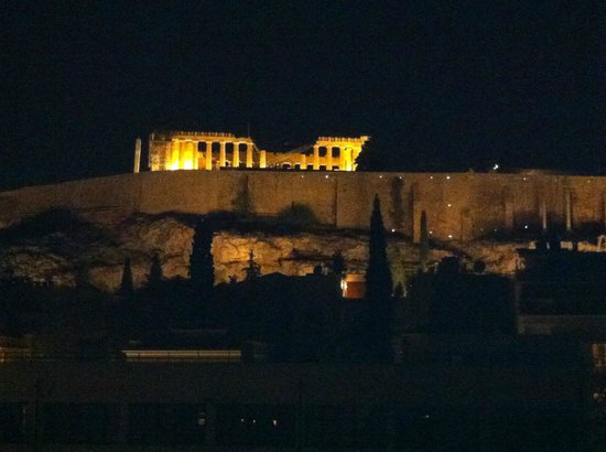 Herodion Hotel: view of the Parthenon from our room