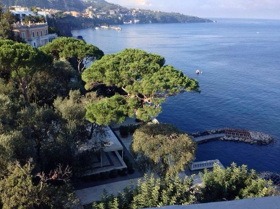 Hotel Mediterraneo Sorrento: Panorama visto dalla camera