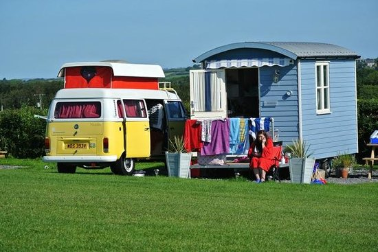 Three Cliffs Bay Holiday Park: Spacious Pitch