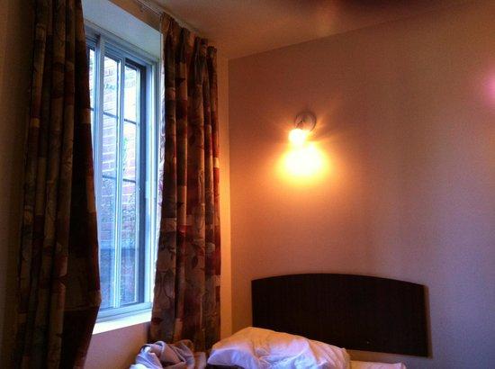 Quartier Latin Hotel: 室内