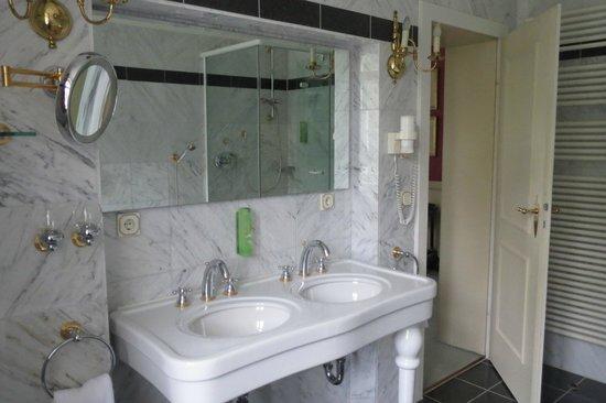 Villa Jägerhaus: Bathroom
