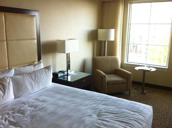 Grand Hyatt Atlanta in Buckhead: Room 806