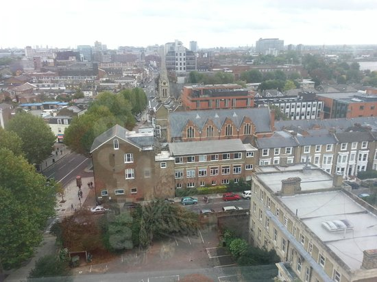 Premier Inn London Hammersmith Hotel: view from 10th floor