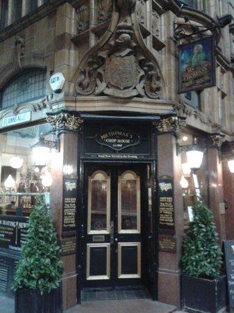 Mr Thomas's Chop House: the door