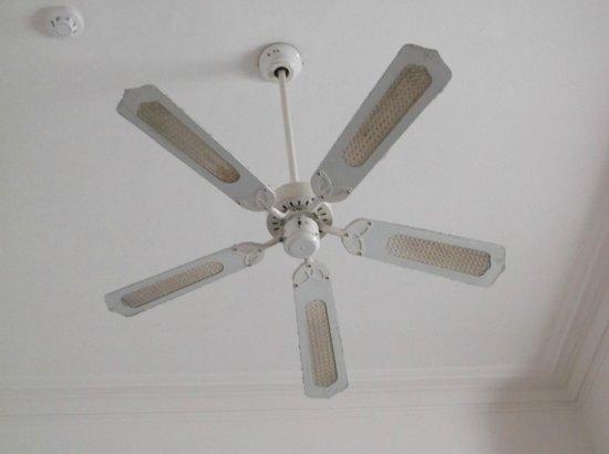 The Clifton Hotel : VERY Dusty Ceiling Fan.