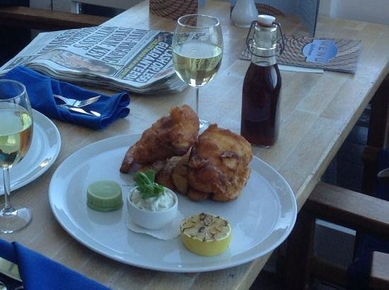 The Boathouse: fish and chips