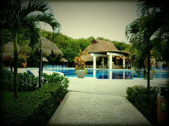 "Sandos Caracol Eco Resort: zwembad ""Select Club"""