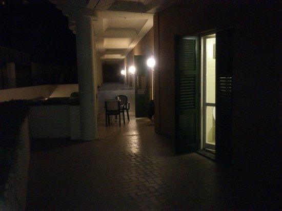 Hotel Atlantic Palace : Our balcony at night