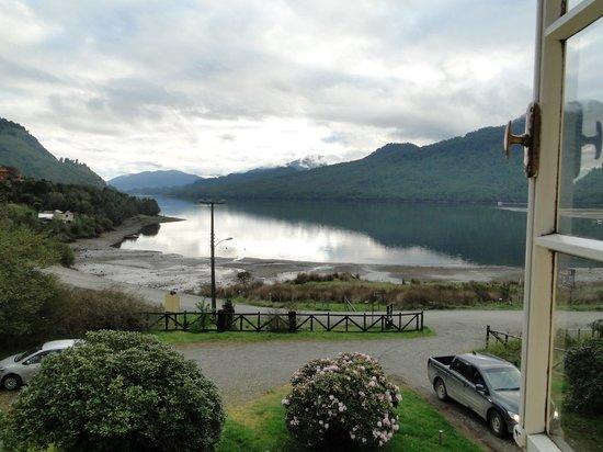 Casa Ludwig: El fiordo Puyuhuapi desde la ventana de mi habitación