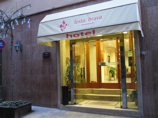 Hotel Festa Brava : Парадный вход