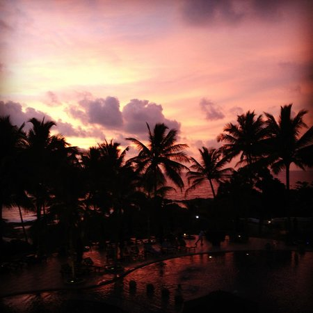 Vivanta by Taj - Bentota: Sunset at the Taj