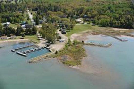 H H Resort Drummond Island