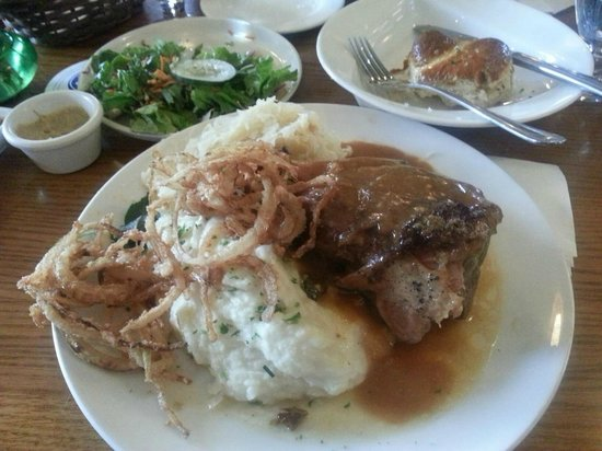Mountain Brauhaus Restaurant : Pork Entree
