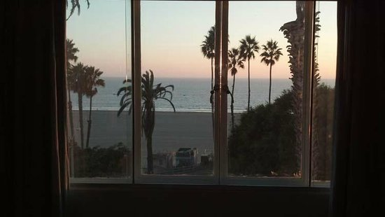 Hotel Shangri-La Santa Monica: Can't beat the view