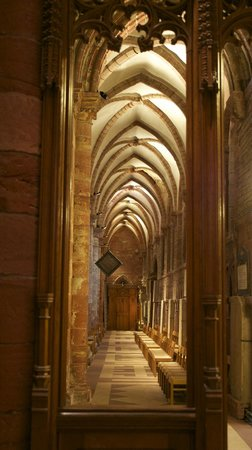 Saint Magnus Cathedral: The north side passageway