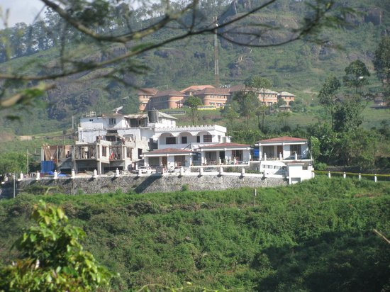 Elysium Garden Hill Resorts : Elysium Garden on the way to Thekkady