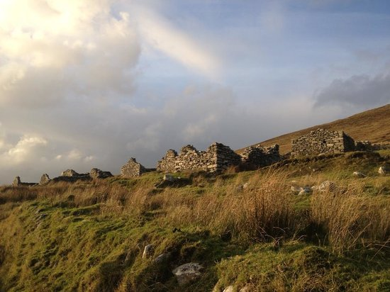 Pure Magic Achill: Visiting the ruins nearby