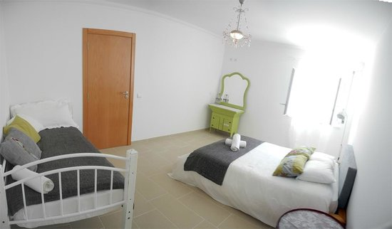Baleal Cliff House: 4 bed studio