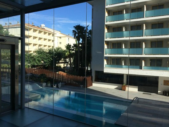 4R Salou Park Resort I: Rear view from the lobby