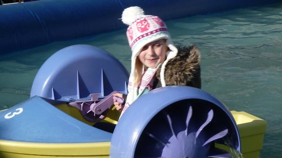 The Needles : Paddle boat ride