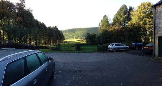 Dunscar Farm Bed and Breakfast: View from the front door
