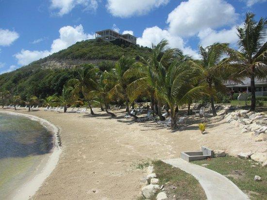 Nonsuch Bay Resort: BEACH