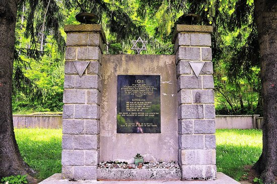 Leopoldsteinersee: Die Todesmarschgedenkstätte