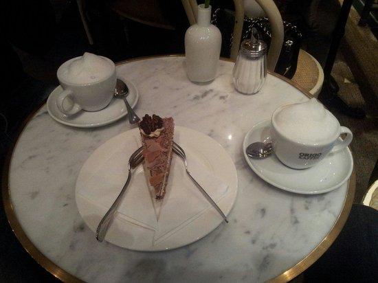 Kaisersaal: Wirklich kleines Stück Torte 5,20 €