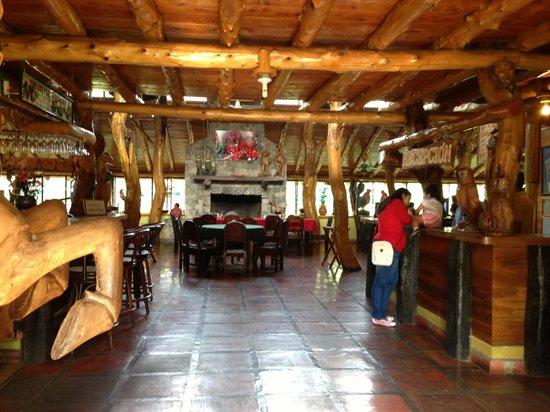 Santa Leticia: Interior del restaurante