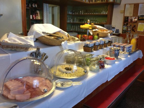 Pension Kraml: The gorgeous breakfast spread
