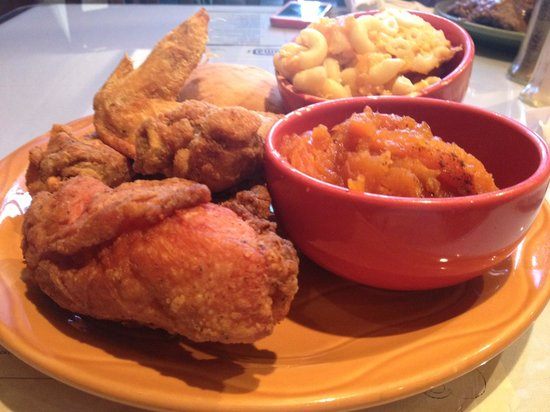 Mama J's Kitchen: Fried Chicken, Mac & Cheese, Candied Yams
