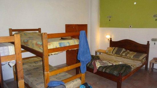 Nuevo Puesto Hostel: room