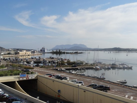 Hotel De Plam : View across Olbia harbour from room at the front