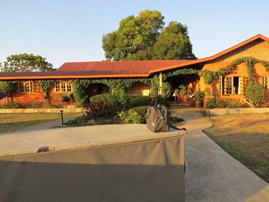Mara West Camp: réception et salle à manger