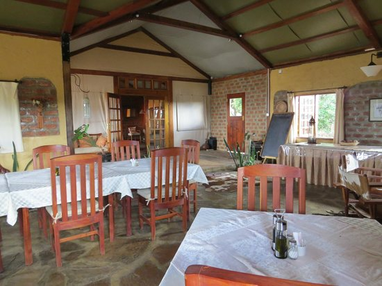 Mara West Camp : salle à manger