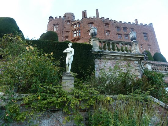 Powis Castle and Garden: The castle again, a different view