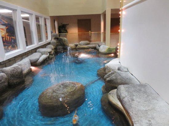 Hotels With Indoor Pools In West Yarmouth